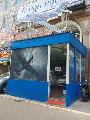 Foto 5 - Eksterior di The Noodle Jet Cafe oleh om doyanjajan