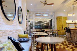 Foto 3 - Interior di Pigeon Hole Coffee oleh Marisa Aryani