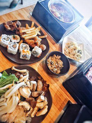 Foto 3 - Makanan di Shaburi Shabu Shabu oleh Astrid Huang | @biteandbrew