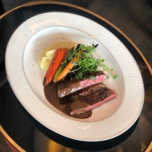 Foto 4 - Makanan di Alto Restaurant & Bar - Four Seasons oleh feedthecat