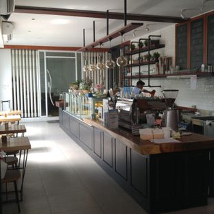 Foto 10 - Interior di The Larder at 55 oleh eatwerks