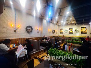 Foto 6 - Interior(Tampak Dalam) di iSTEAKu oleh Demen Melancong
