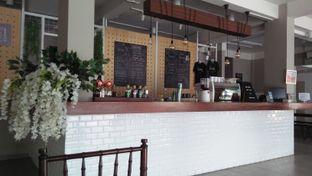 Foto 2 - Interior di Baks Coffee & Kitchen oleh Review Dika & Opik (@go2dika)
