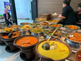 Foto 3 - Makanan di Nasi Kapau Juragan oleh Isabella Chandra