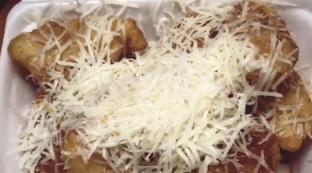 Foto 3 - Makanan(Original Keju) di Raja Pisang Keju Arjuna oleh Satrio Bryan