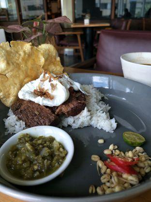 Foto 9 - Makanan di The Goods Cafe oleh thehandsofcuisine