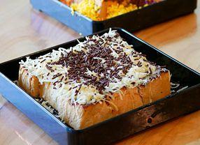 Menguak Sejarah Dibalik Roti Bakar yang Berasal dari Roti Sisa