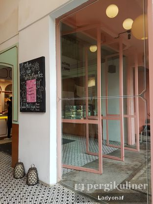 Foto 5 - Interior di Please Please Please oleh Ladyonaf @placetogoandeat