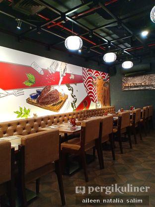 Foto 4 - Interior di Mucca Steak oleh @NonikJajan