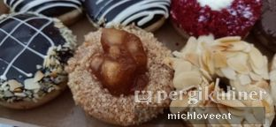 Foto review Hishers Donut & Gelato oleh Mich Love Eat 4