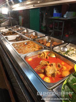 Foto 3 - Makanan di Nasi Uduk Ibu Jum oleh Jakartarandomeats