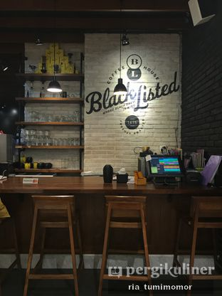 Foto 6 - Interior di Blacklisted oleh Ria Tumimomor IG: @riamrt