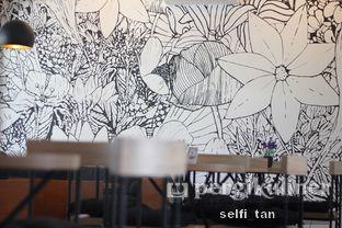 Foto 2 - Interior di Coffee On Fifth oleh Selfi Tan