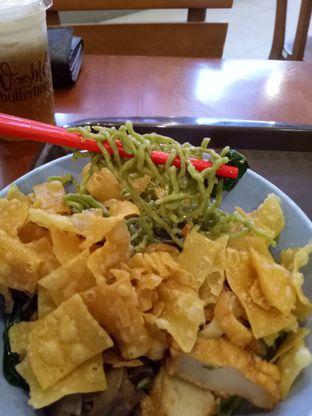 Foto 1 - Makanan di Bakmi Gocit oleh @duorakuss