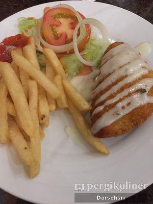 Foto 1 - Makanan di H.E.M.A. Resto oleh Darsehsri Handayani