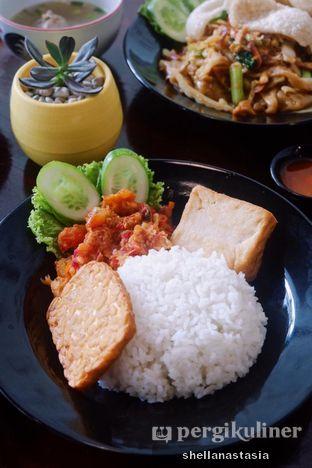 Foto 1 - Makanan(Nasi Udang Geprek) di Sooka oleh Shella Anastasia