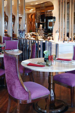 Foto 30 - Interior di Arts Cafe - Raffles Jakarta Hotel oleh Indra Mulia