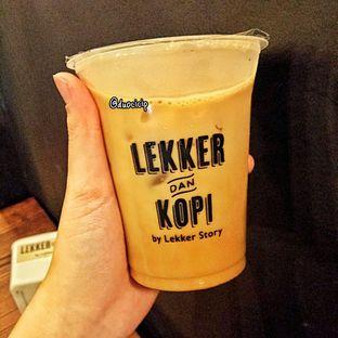 Foto 1 - Makanan(Es Kopi Susu) di Lekker Dan Kopi oleh felita [@duocicip]