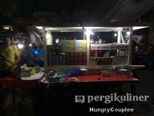 Foto 2 - Interior di Roti Bakar Eddy oleh Hungry Couplee