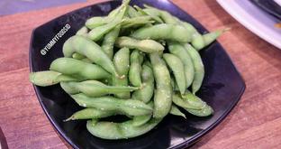 Foto 2 - Makanan(Edamame) di Sushi Joobu oleh Yummyfoodsid