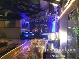 Foto 6 - Interior di Jetski Cafe oleh Anisa Adya