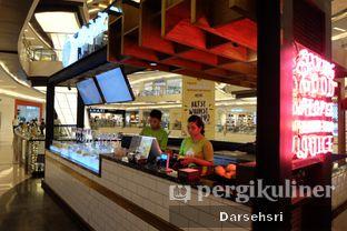 Foto 7 - Interior di Life Juice oleh Darsehsri Handayani