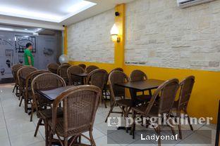 Foto 10 - Interior di La Casa Ice Cream Zangrandi oleh Ladyonaf @placetogoandeat