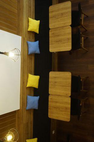 Foto 14 - Interior di Bruins Coffee oleh yudistira ishak abrar