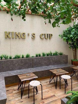 Foto 4 - Interior di King's Cup oleh Deasy Lim