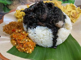 Foto review Nasi Cumi Hitam Madura Pak Kris oleh Yohanacandra (@kulinerkapandiet) 12