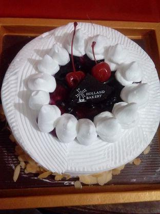 Foto review Holland Bakery oleh Chia Noona 1