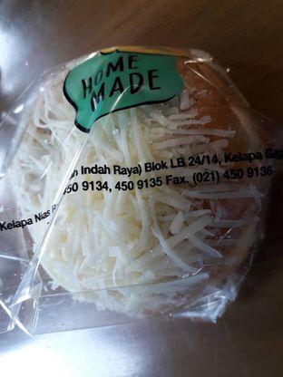 Foto 1 - Makanan di Home Made Bakery oleh Deasy Lim