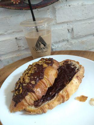 Foto 2 - Makanan di Giyanti Coffee Roastery oleh Cantika | IGFOODLER