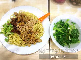 Foto 2 - Makanan di Bakmie Aloi oleh Fransiscus