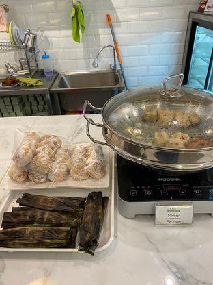 Foto 5 - Makanan di Dandy Co Bakery & Cafe oleh Duolaparr