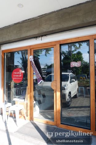 Foto review Ruang Temu Coffee & Eatery oleh Shella Anastasia 1
