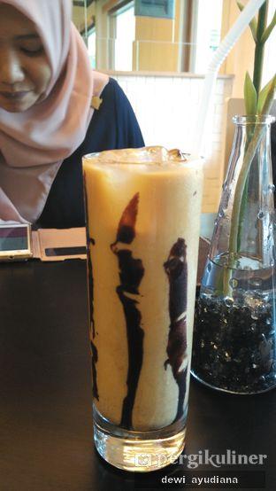 Foto 2 - Makanan(Iced Mochaccino) di Epoch Kitchen & Bar oleh Dewi Ayudiana