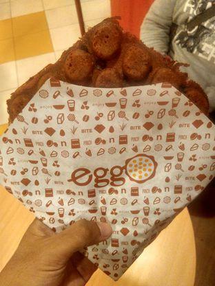 Foto 3 - Makanan(Red Velvet Waffle) di Eggo Waffle oleh Renodaneswara @caesarinodswr