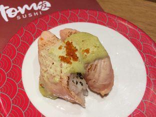 Foto 9 - Makanan(Aburi Spicy Salmon Green Mayo) di Tom Sushi oleh Irine