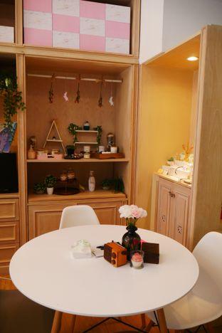 Foto 3 - Interior di Caffedose oleh Olivia @foodsid
