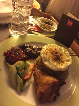 Foto 2 - Makanan di Le Bistro - Hotel Ibis Jakarta Slipi oleh Sitta