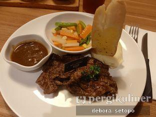 Foto 2 - Makanan di B'Steak Grill & Pancake oleh Debora Setopo