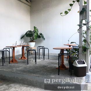 Foto 2 - Interior di Floww Coffee oleh Desy Mustika