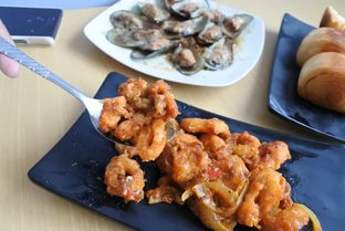 Foto 3 - Makanan di Kantin Seafood Nyengir oleh ngunyah berdua