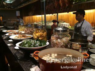 Foto 20 - Makanan di The Cafe - Hotel Mulia oleh Ladyonaf @placetogoandeat