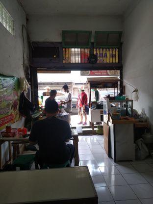 Foto 8 - Interior di Soto Kuning Bogor Pak Yusup oleh deasy foodie