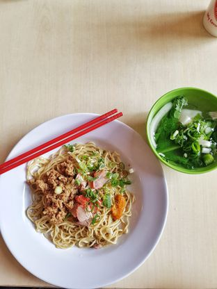 Foto 1 - Makanan di A Paw Noodle House oleh Yuli || IG: @franzeskayuli