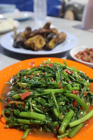 Foto 3 - Makanan di Nasi Uduk Kota Intan (Aweng) oleh thehandsofcuisine