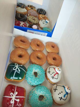Foto 1 - Makanan di Krispy Kreme oleh iqiu Rifqi