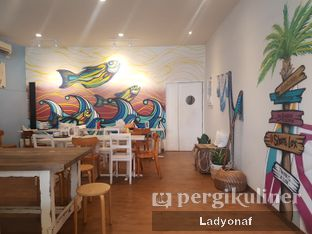 Foto 6 - Interior di Lox Smoked Salmon oleh Ladyonaf @placetogoandeat